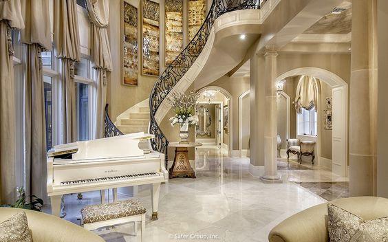 cầu thang trong phòng khách